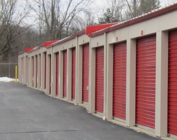 Storage Pros - Grand Rapids - Shaffer Ave. - Photo 2