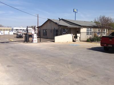 Uncle Bob's Self Storage - San Antonio - Hunt Ln - Photo 1