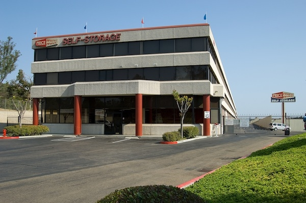 Price Self Storage Murphy Canyon - Photo 8