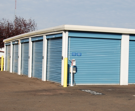 Walnut Blvd Self Storage - Photo 2