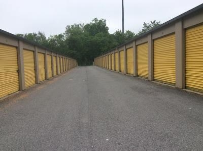 Uncle Bob's Self Storage - Harriman - Photo 6